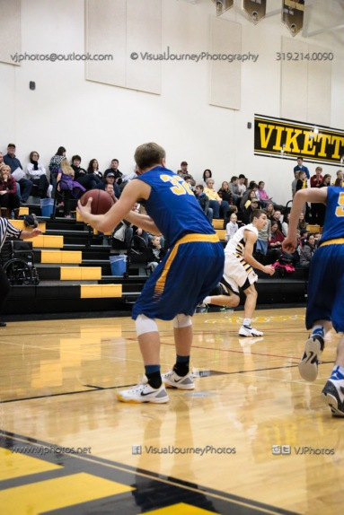 Varsity Basketball Vinton-Shellsburg vs Benton Community-9517