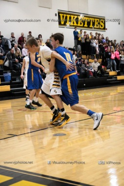 Varsity Basketball Vinton-Shellsburg vs Benton Community-9538