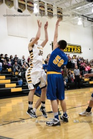 Varsity Basketball Vinton-Shellsburg vs Benton Community-9569