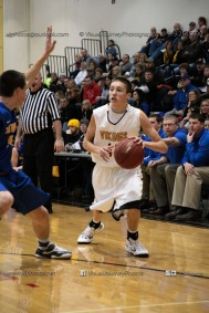 Varsity Basketball Vinton-Shellsburg vs Benton Community-9582