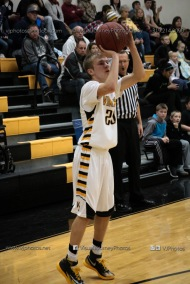 Varsity Basketball Vinton-Shellsburg vs Benton Community-9655