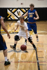 Varsity Basketball Vinton-Shellsburg vs Benton Community-9728