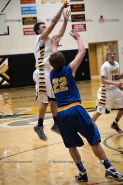 Varsity Basketball Vinton-Shellsburg vs Benton Community-9739