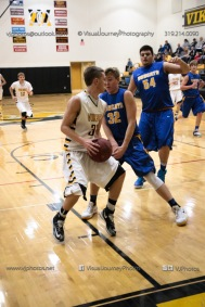 Varsity Basketball Vinton-Shellsburg vs Benton Community-9812